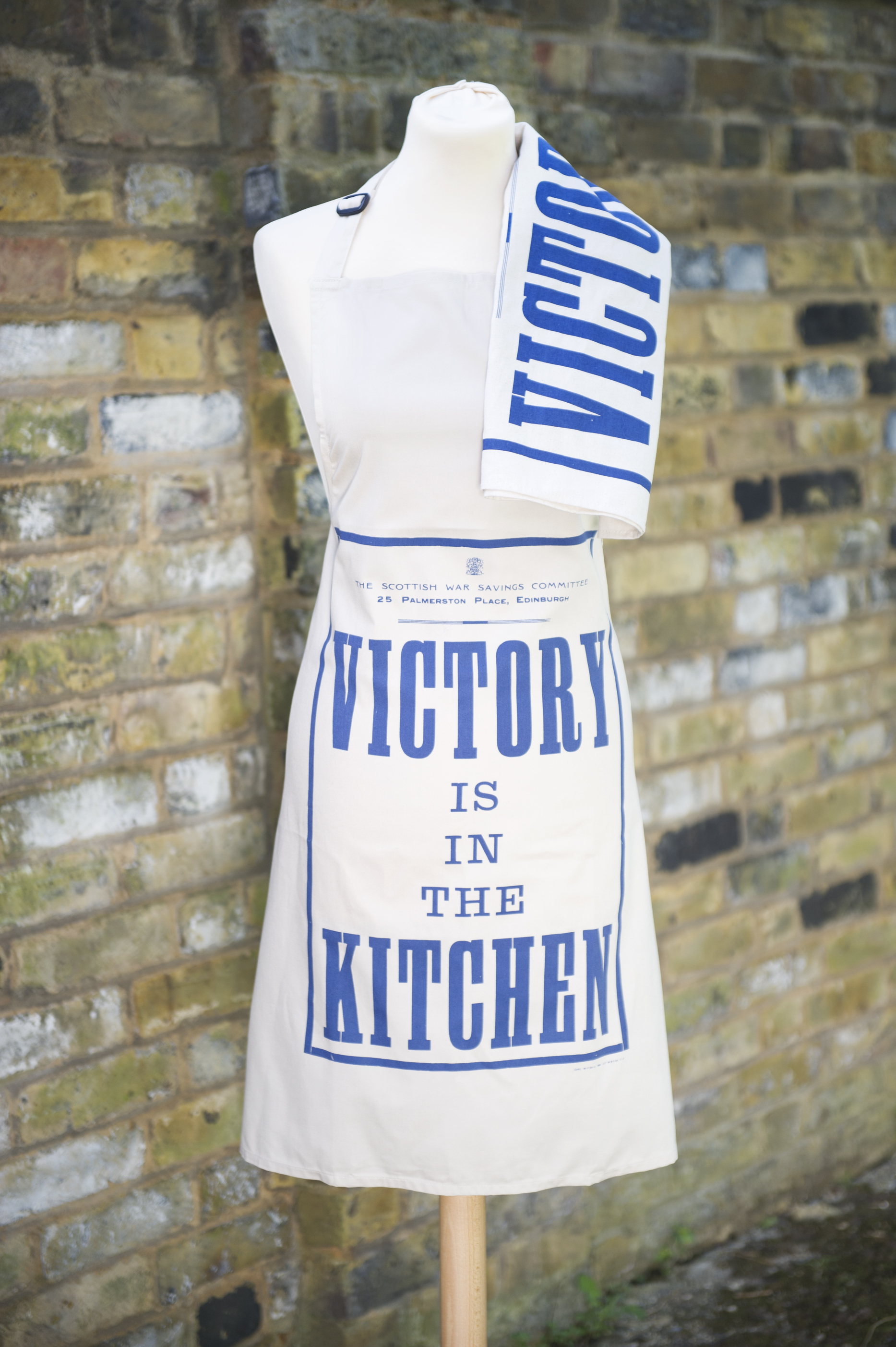 Victory is in the Kitchen Apron £12.00 www.iwmshop.org.uk